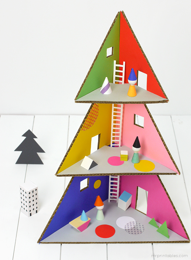 cardboard Christmas tree doll house / cardboard DIY