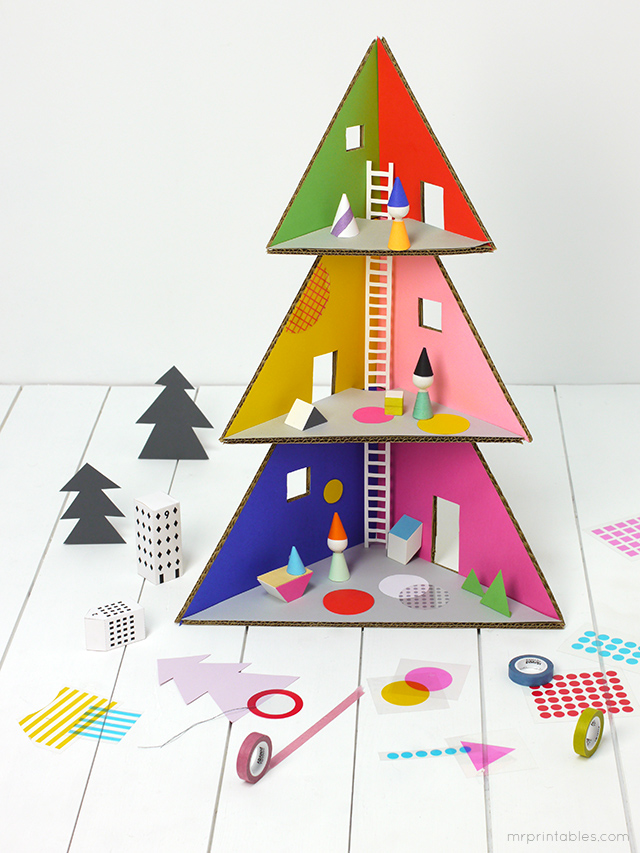 Christmas tree doll house / cardboard DIY