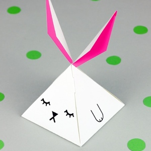 pyramid bunny favor box