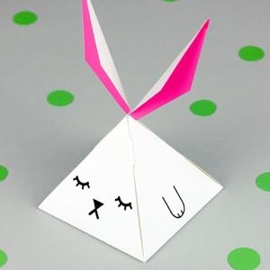 pyramid bunny favor box