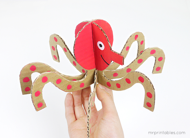 Make Summer Peg Dolls with Cardboard Sea Creatures