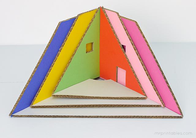 mrprintables-how-to-make-christmas-tree-cardboard-dollhouse-4