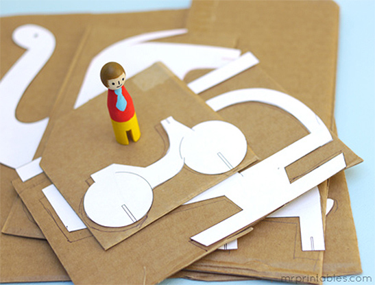 mrprintables-peg-dolls-cardboard-animals-adventure-step-3