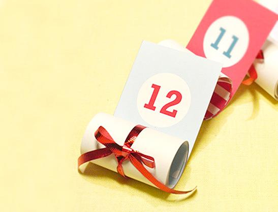 mrprintables-christmas-advent-calendar-roll-up-how-to-make-4